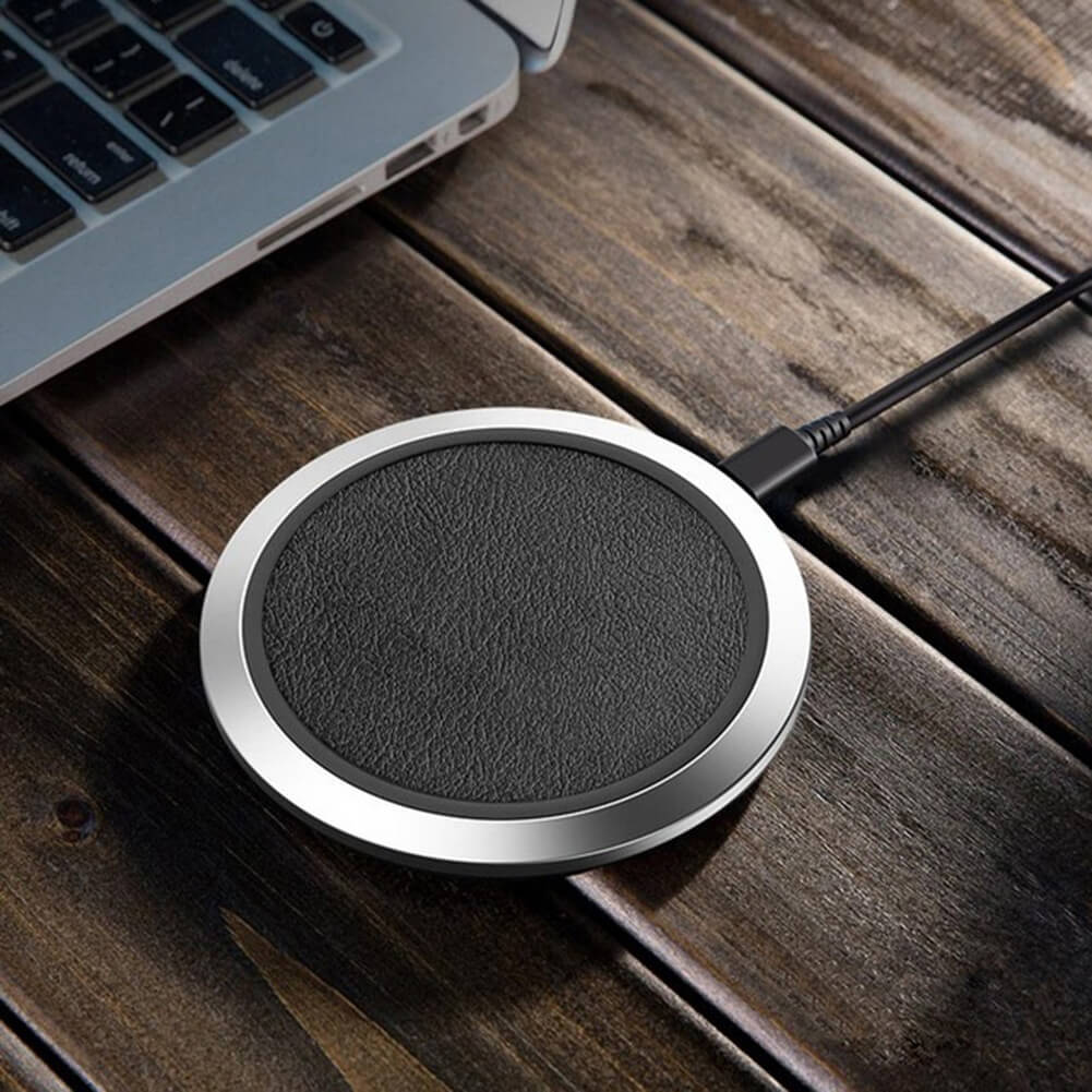 Classic Leather Qi Wireless Fast Charging Pad for iPhone - Black-silver